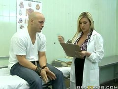 Insanely Hot Dr. Monroe Fucks A Patient with Big Dick