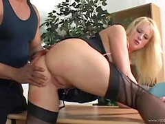Huge Cock Having Fun with a Blonde's Pink Pussy