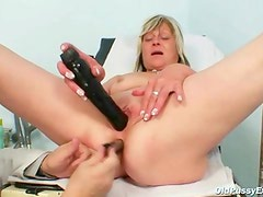 Nada visits her gyno Doctor for Mature fur pie speculum gyno exam