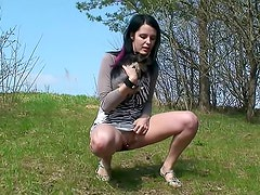 Watch her pierced pussy piss outdoors