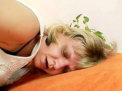 Granny lady filipa groans like eager when masturbates