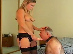 Facesitting goddess strapon fucks his ass