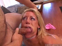 Blonde MILF Likes it Hardcore