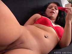 Stunning Gia Givanna toys her hot pussy with red dildo
