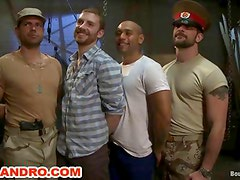Fetiche homosexual - 2 BDSM Masters and 2 Gay Slaves in Fetish Live Show