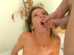 See those awesome cumshots with beautiful milfs !