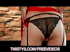 Stunning brunette Sunny Leone shows off her red lace