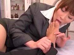 A Mouthful Of Cum After Sex For This Asian Teacher