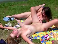 Teen pussy fuck ladies are hot