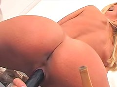 Solo blonde beauty Sandy toy fucks her pussy