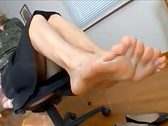 foot dangle tease