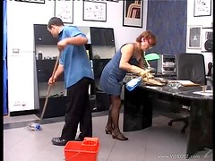 Horny Mature Getting Her Pussy Fucked In The Office