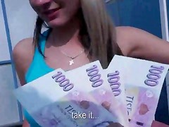 Real euro teen amateur sucking dick for guy