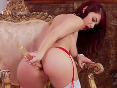 Lipstick goddess in double dildo penetration