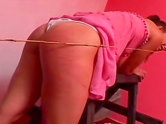 Caned ass ripples in great pain