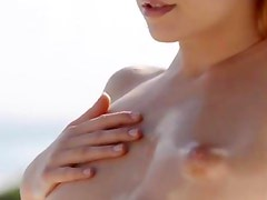 blondie babe Leila naked in the sun
