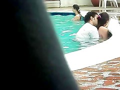 Colombian Couple Fucking Into The Pool