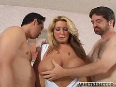 Summer Sin fucks two dudes and gets her pussy filled with cum