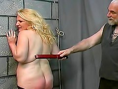 Fat lady likes a nice ass spanking