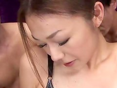 Sakura Hirota enjoys being the centerpiece in this raunchy orgy