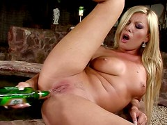 Bottled pleasures with a steaming hot blondie