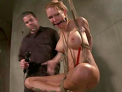 Blond can barely handle masters wishes during his session