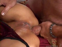 Mature Kink With Asian Lei