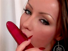 Flawless beauty Maya double dildo penetration