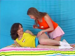 Hot Teens Mia And Molly Eating Pussy