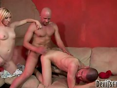 Jules Sterling plays dirty games with two bisexual dudes