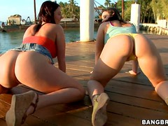 Sexy Butts & Loads With Sophie Threesome Sex