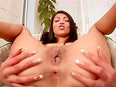 Brunette uses butt plug for anal