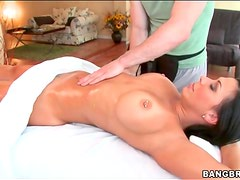 Rachel Starr sensual oil massage