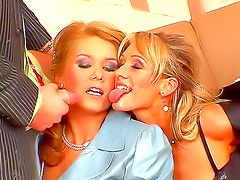 Glamorous girls make piss foursome