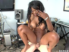 Hardcore Scene With The Thick Ebony Babe Naomi Banxxx