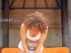 Caprices wet yoga with pink toy