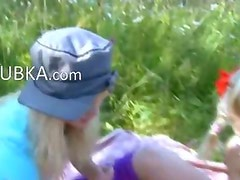 Precize amateur threesome in the outdoor