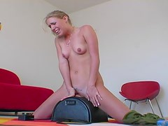 Fucking Machine Action With The Amateur Hottie Allison Pierce
