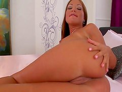 Glamour and expensive slutty babe Angelica Heart fingering puss
