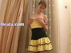 Beata dance fingering and pussy opening
