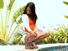 Teen Latina Jerks A Guys Off With Her Soft Feet