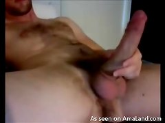 Homemade video of steamed up jerking off fella