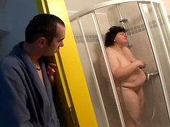 Cheryl the fat brunette lady suck a dick in the shower