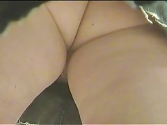 Pussy show in supermarket