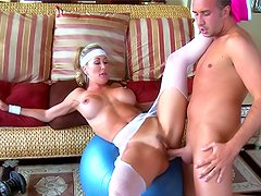 Fitness milf Brandi Love fucked by big cock