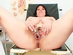 Fat girl exam and speculum play