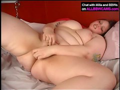 BBW wakes up in the mornning super horney 2