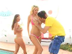 Courtney gets a load of cum deposited in her ass, so Scarlett can gulp it down!