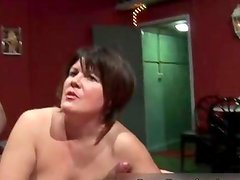 Sexy brunette babe gets horny jerking