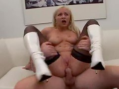 Big booty bitch in boots DP
